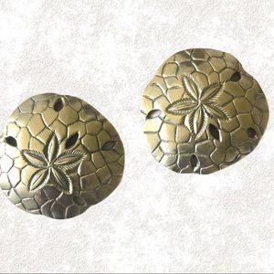 Host Pick Set of Gold Seashell Coasters